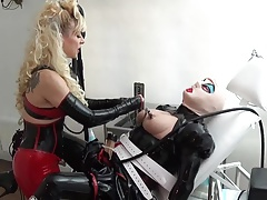 rubber maids clit  used with..